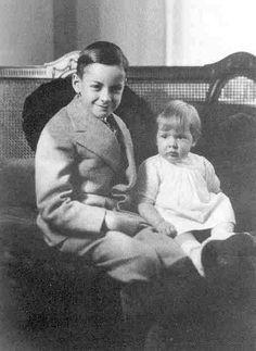 Feynman-sister-1