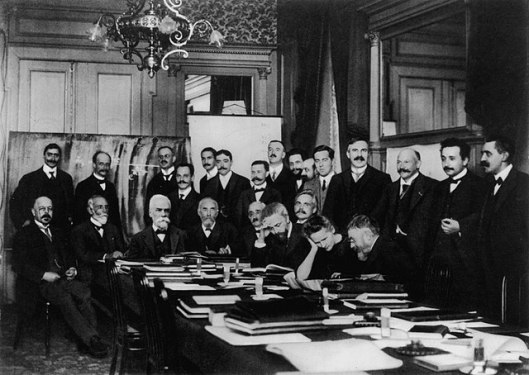 Solvay_conference1